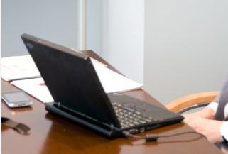 パソコン、机.PNG